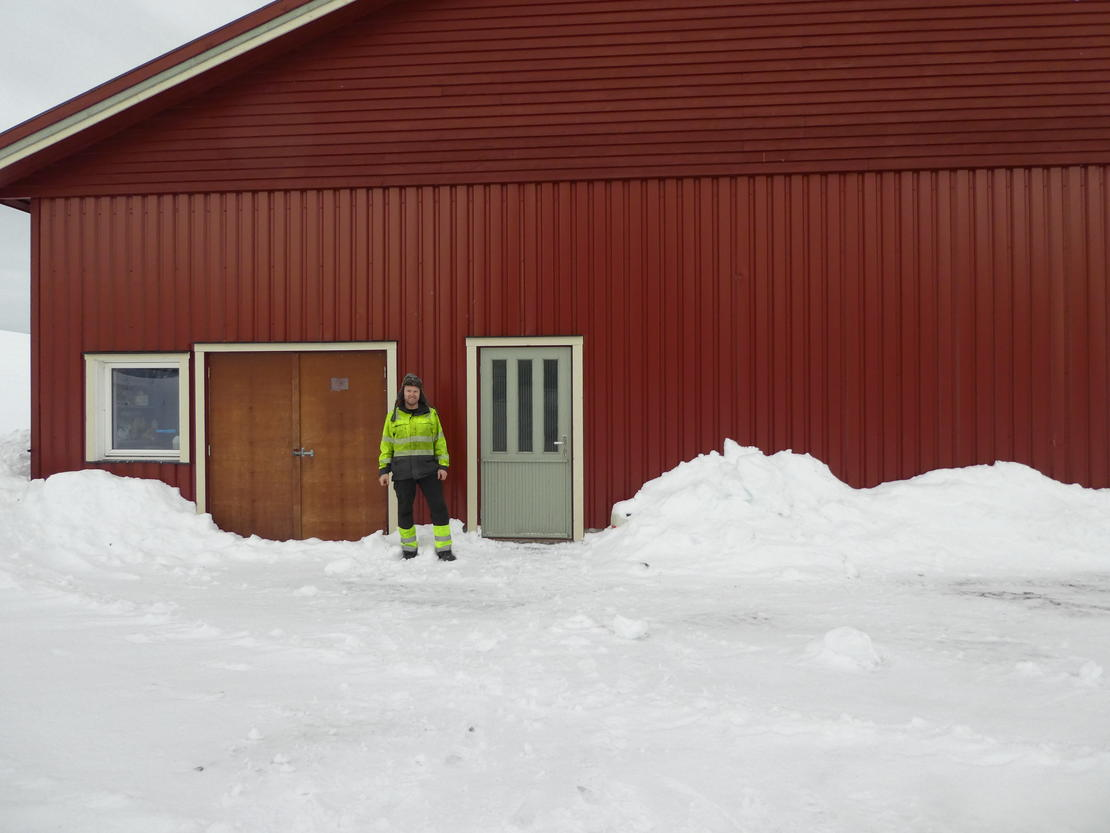 Kyllingbonde Knut Storrø, Budalen