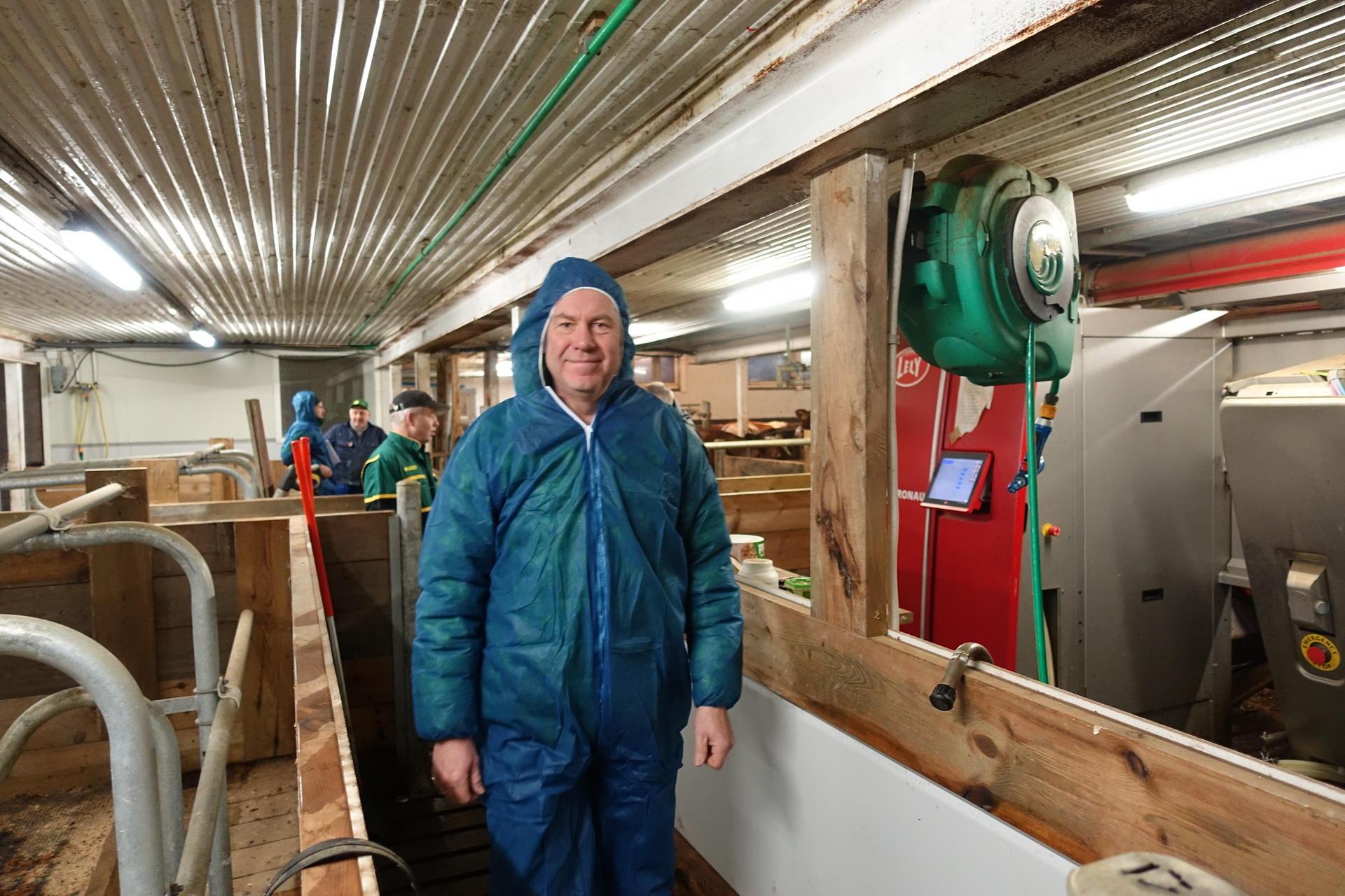 Tony Barman på Kjesbu samdrift under testing av klimakalkulator